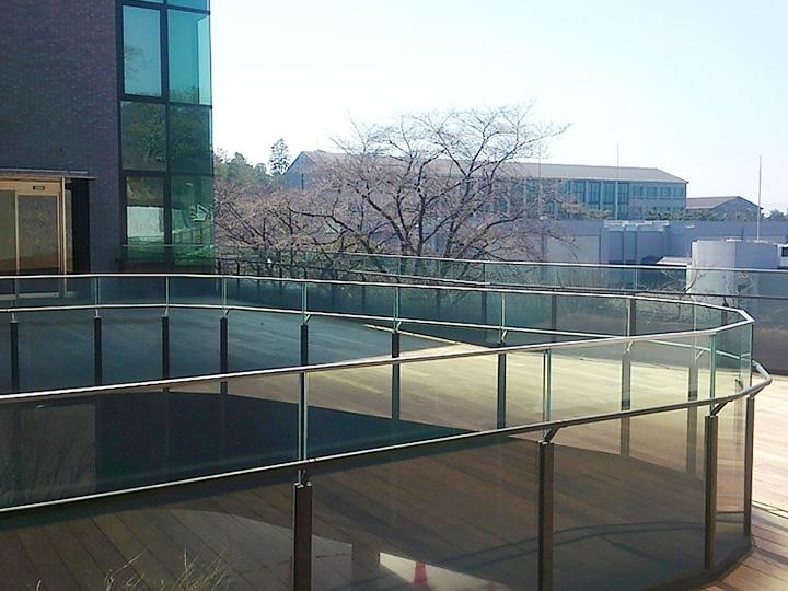 京都産大2号館